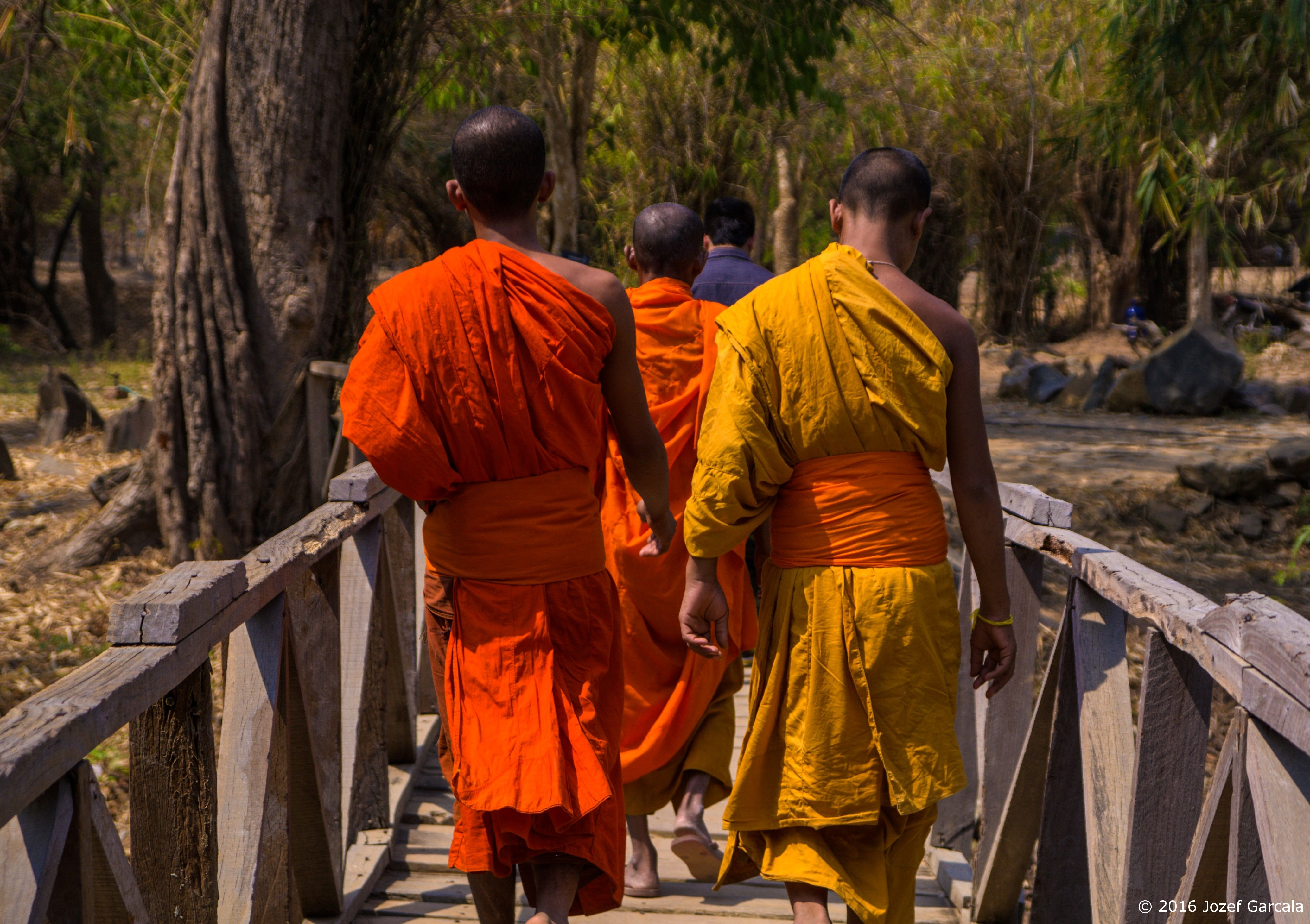 Monks on the bridge_marked
